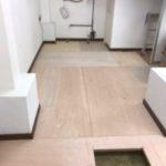 東京都墨田区の薬局にて、置床工事を行いました。