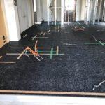 山梨県上野原市の事務所改修に伴いOAフロア工事を行いました。(フクビ化学工業TN100)