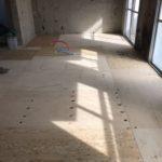 神奈川県横浜市青葉区の団地にて、置床工事を行いました。(フクビ化学工業フリーフロアCP)