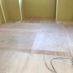 東京都世田谷区のビルにて、トイレ改修工事に伴う置床工事を行いました。(フクビ化学工業フリーフロアCP)