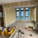 千葉県木更津市の事務所にて、内装工事として置床工事を行いました。(フクビ化学工業フリーフロアCP)