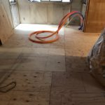 東京都港区のコーポ集合住宅にて、置床工事を行いました。(フクビ化学工業フリーフロアCP)【秀和建工】