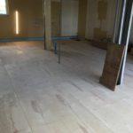 千葉県柏市のクリニックにて、置床工事を行いました。(フクビ化学工業フリーフロアCP)【秀和建工】